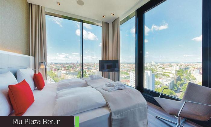 12 אלטון ג'ון בגרמניה: 4 לילות במלון לבחירה בברלין וכרטיס והעברות להופעה בלייפציג של האיש והפסנתר