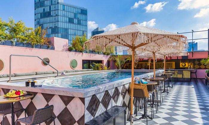 17 חופשה זוגית עם עיסוי ובריכה מחוממת במלון הבוטיק BoBo מרשת בראון, תל אביב