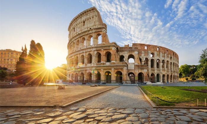 """2 נובמבר-דצמבר באיטליה: סופ""""ש 3 לילות ברומא במלון לבחירה, כולל חנוכה, כריסמס וסילבסטר"""