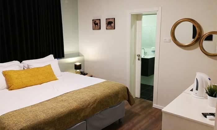 """5 נופש בכנרת: לילה לזוג במלון לאגו מרשת מלונות Smart ע""""ב ארוחת בוקר, אופציה לסופ""""ש"""
