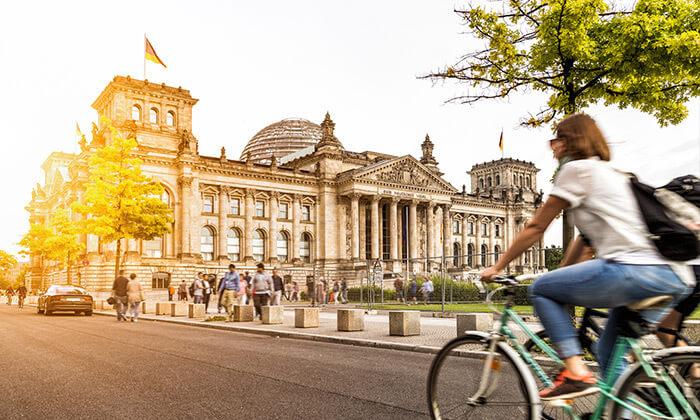 5 נובמבר בברלין: 4 לילות במלון לבחירה עם ארוחות בוקר וטיסות ישירות