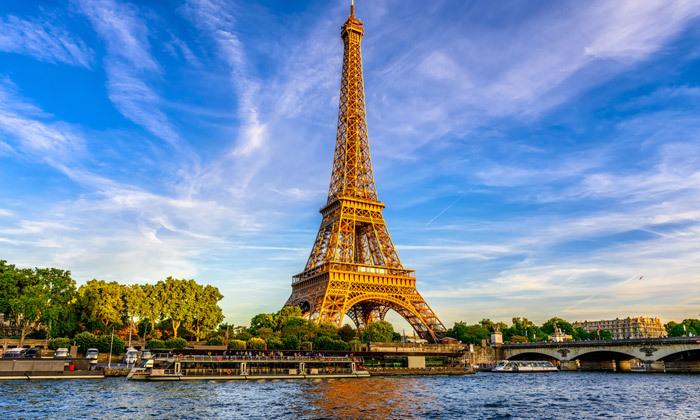 3 אד שירן בפריז: טיסות ישירות, 4 לילות במלון לבחירה והופעת פופ אגדית