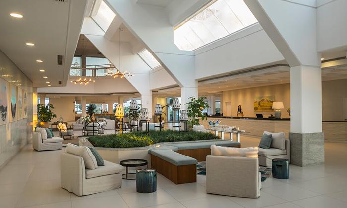"""5 סופ""""ש בפאפוס, קפריסין: טיסות ישירות ו-3 לילות במלון Leonardo, כולל חנוכה"""