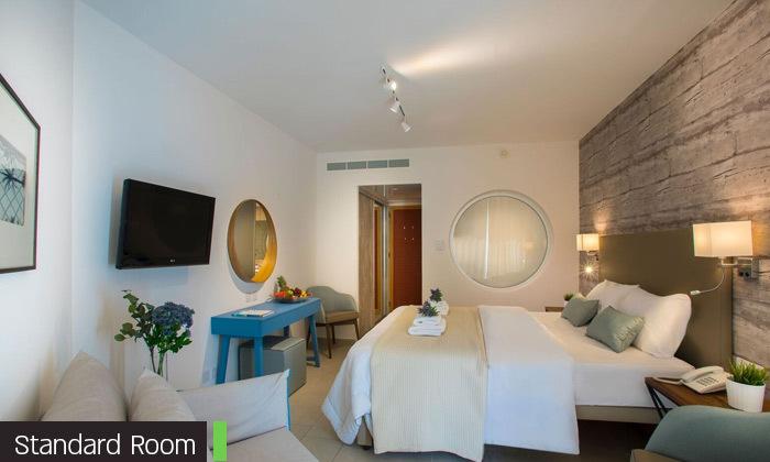 """11 סופ""""ש בפאפוס, קפריסין: טיסות ישירות ו-3 לילות במלון Leonardo, כולל חנוכה"""