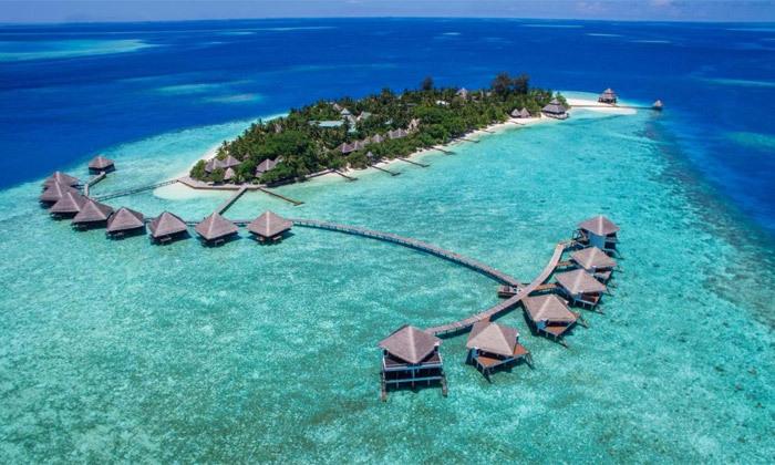 3 חופשת גן עדן במלדיביים: 7 לילות במלון לבחירה עם טיסות ישירות והעברות, גם בחנוכה