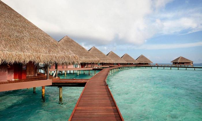 5 חופשת גן עדן במלדיביים: 7 לילות במלון לבחירה עם טיסות ישירות והעברות, גם בחנוכה