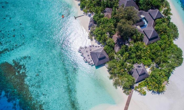 6 חופשת גן עדן במלדיביים: 7 לילות במלון לבחירה עם טיסות ישירות והעברות, גם בחנוכה