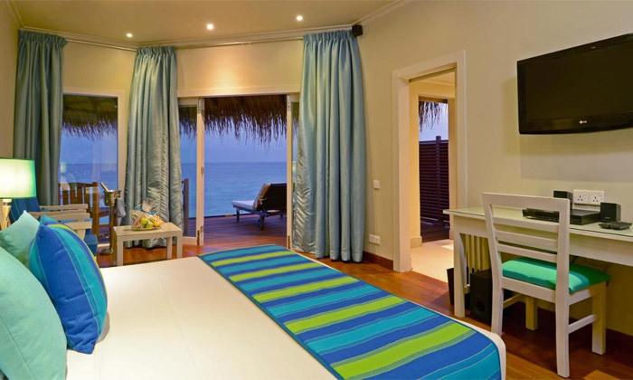 8 חופשת גן עדן במלדיביים: 7 לילות במלון לבחירה עם טיסות ישירות והעברות, גם בחנוכה