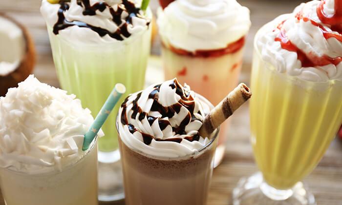 """4 גלידה בר בראשון לציון, כשר בהשגחת הבד""""צ"""