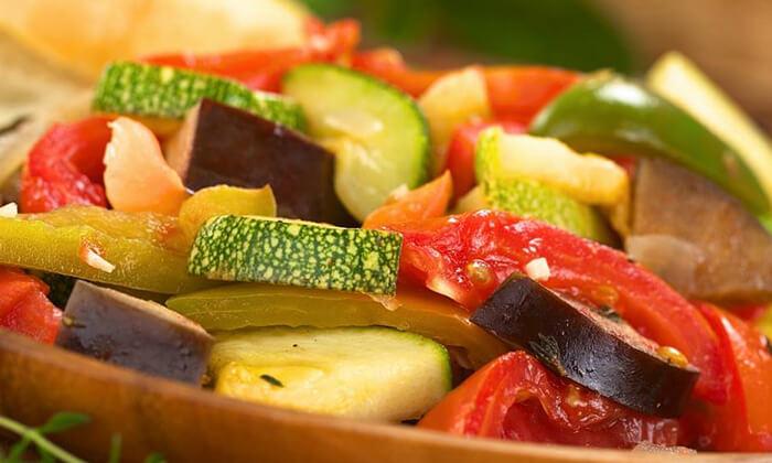 4 סדנת אוכל טבעוני בחוויה הטבעונית, יפו