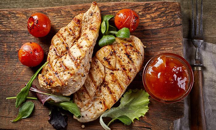 6 אוכל ביתי מוכן לשבת מקייטרינג פאטיו הכשר, טירת הכרמל