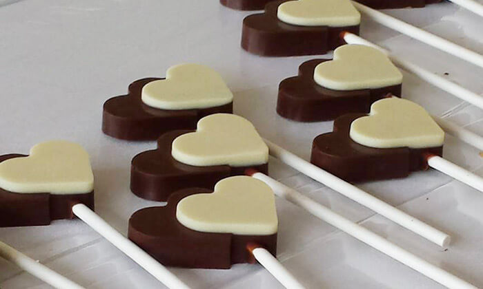 7 סדנאות שוקולד ומאפים בסטודיו דה בר, יישוב כפר חסידים ב'