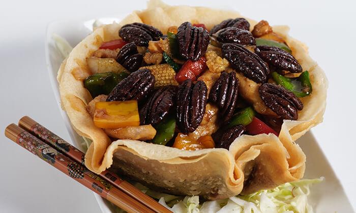 6 ארוחה אסייתית כשרה במסעדת צ'יינה ביי, חיפה