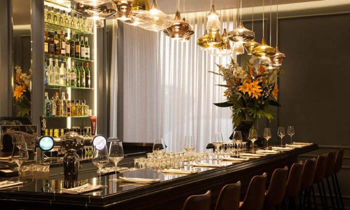 7 ארוחת דגים זוגית במסעדת 'אלומה', מלון קראון פלאזה י-ם