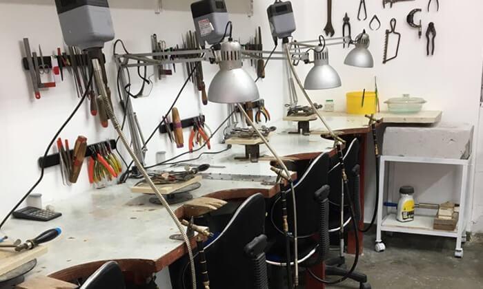 3 סדנת צורפות חוויתית בסטודיו ליאת ולדמן, חיפה